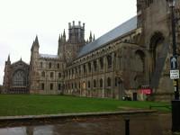 Сколько стоит обучение в академической школе в Англии