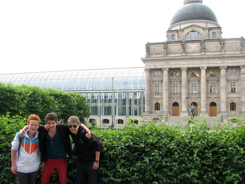 ASTUR, Wiesbaden (14 – 17 лет)