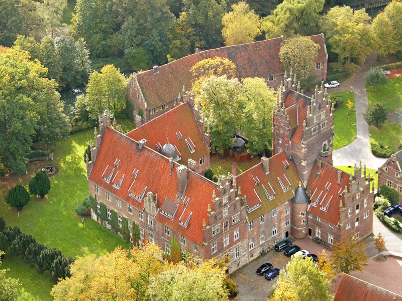 Humboldt-Institut, Schloss Heessen (9 – 13 лет)