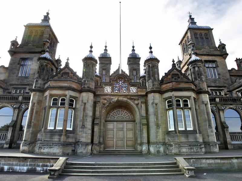 Edinburgh School of English (14 – 17 лет)