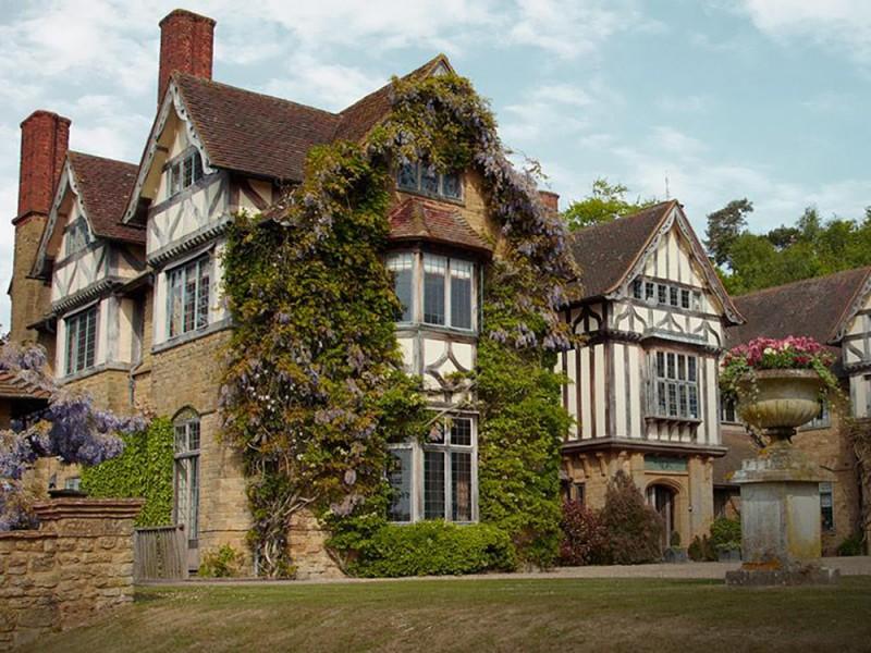 Hurtwood House School (11 – 17 лет)