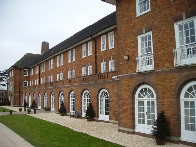 LAL, St Swithun's School (9 – 17 лет)