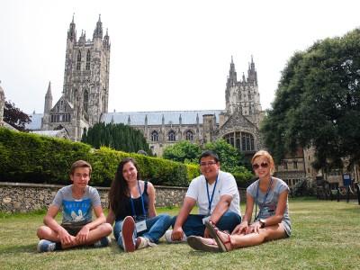 St Giles, Canterbury (8 – 17 лет)