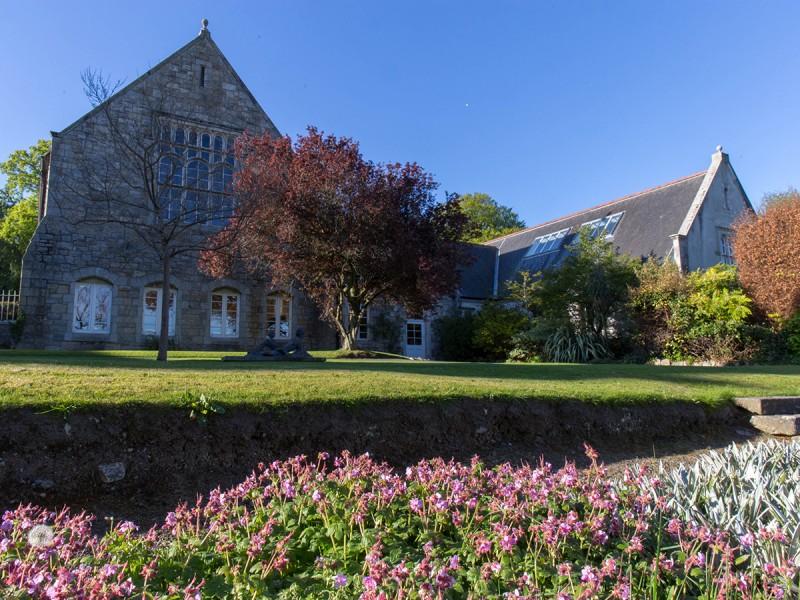 St.Columba's  College (Academic)