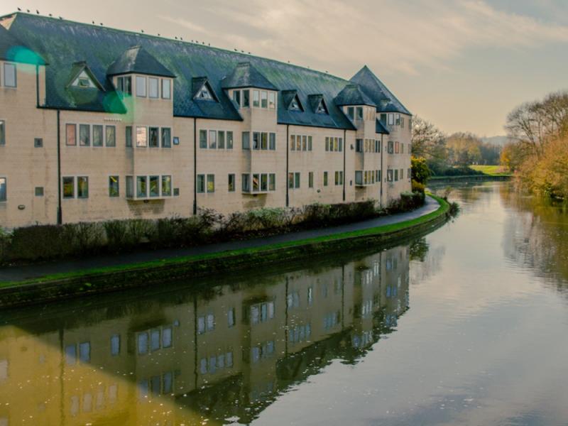 Bucksmore, Pembroke College (16 – 18 лет)